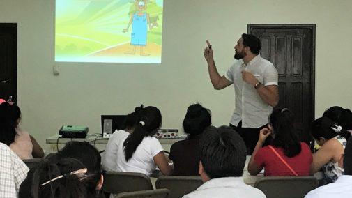 Jonatan Odicio teaching Sharing Christ with Kids curriculum-Santa Cruz
